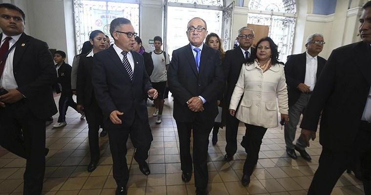 ANUNCIAN PROCESO PARA ESTE AÑO Minedu evaluará a 400,000 docentes